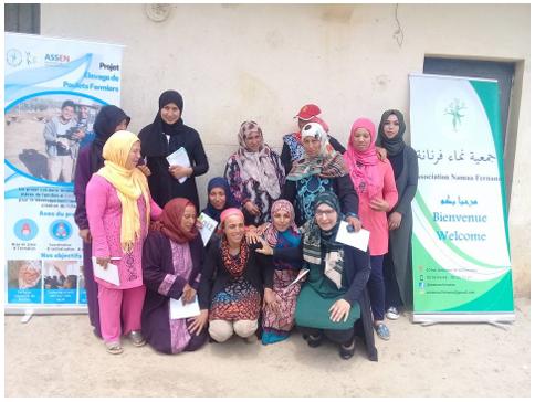Les 10 bénéficiaires accompagnées par Monia Bouzazi (ingénieur OEP, notre partenaire) et nos coordinatrices locales